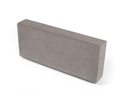 Камень тротуарный «Бортовой» серый