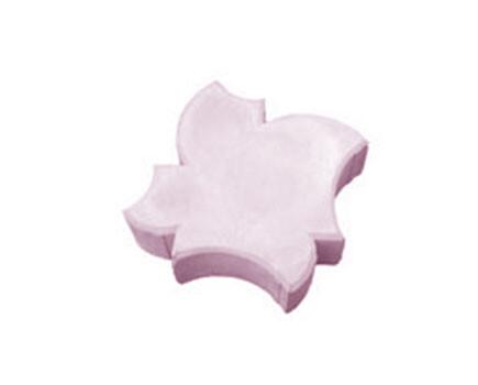 Кленовый лист Малиновый